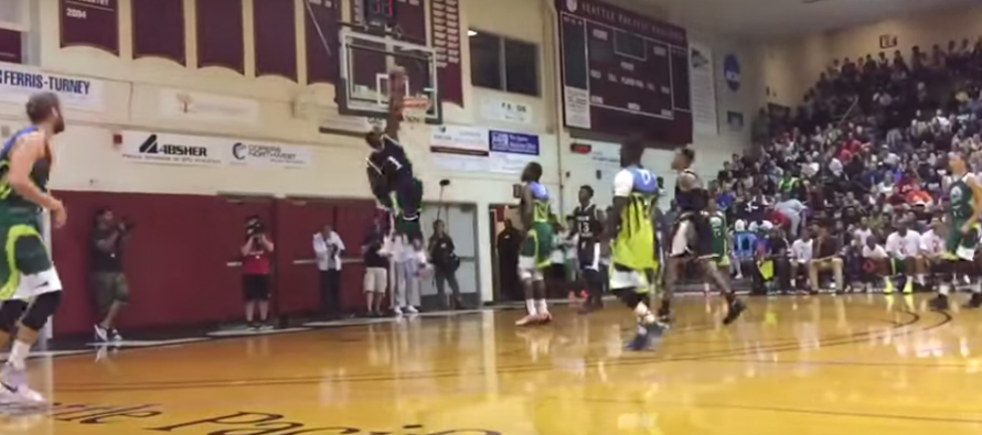 5'9″ Isaiah Thomas Blocks 6'8″ Trevor Ariza In 'Pro-Am Vs. Drew League' Game