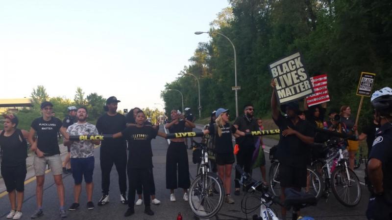 Black Lives Matter Blocks Traffic