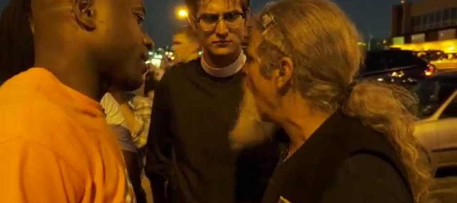 Watch a Veteran Confront Ferguson Protester Doing THIS With an American Flag (STRONG LANGUAGE)