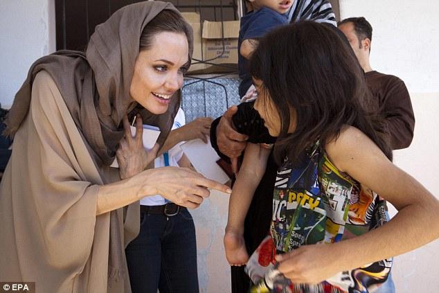 Angelina Jolie4