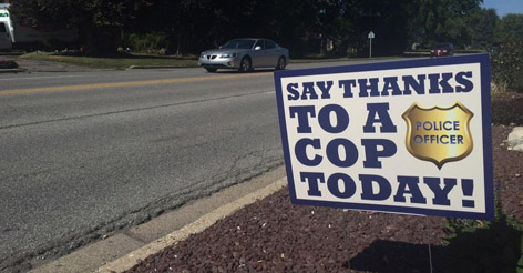 "Indiana residents say ""thank you"" to local police officers"