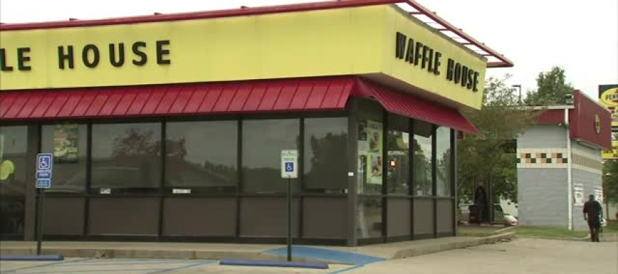 Waffle House Refuses to Serve Uniformed Soldier – THIS Will Make You Sick