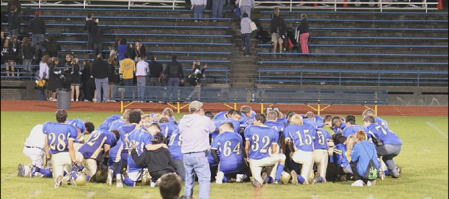 When They Told This HS Football Coach To Stop Praying, He Spoke These 13 INCREDIBLE WORDS