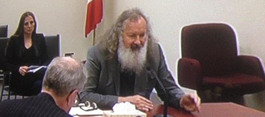 Bizarre: Actor Randy Quaid arrested in Vermont trying to cross border from Canada because THIS!