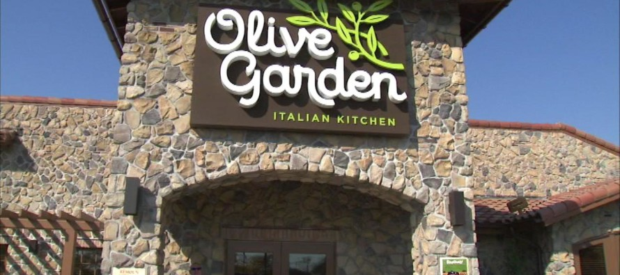 Olive Garden Refuses to Serve Cop – The Reason Why Will Make You LIVID