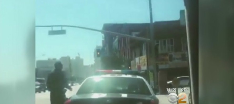 Los Angeles Police Officers Being Stalked… Cops on Edge Over Threat [Video]