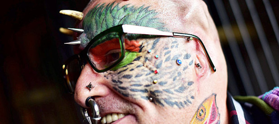 Weirdo Cuts Off His Ears To Look Like A Parrot. Next He Wants….