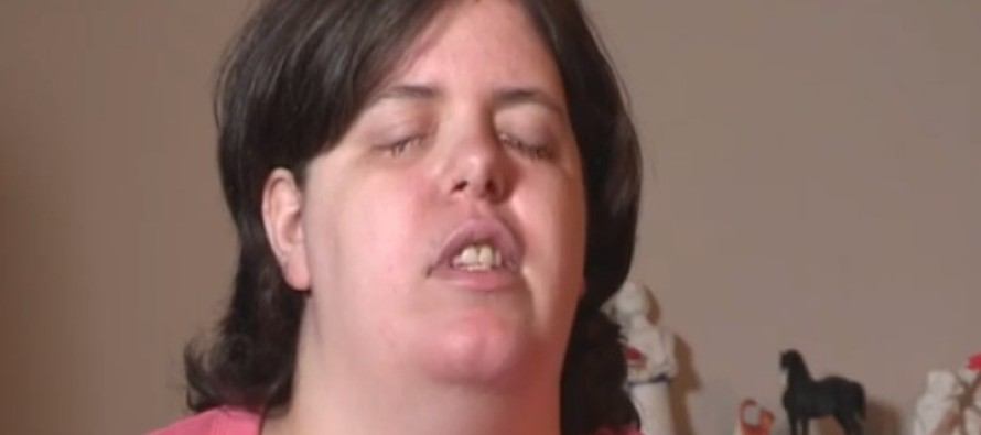Psychologist Helps Mentally Ill Woman Become Blind in Horrific Way