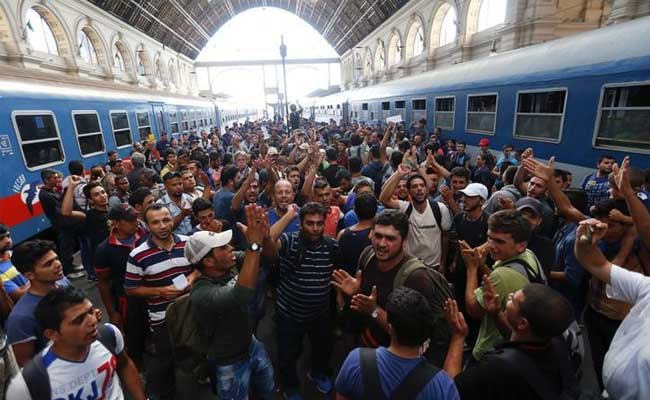 migrants-budapest-strike-afp_650x400_81441115237