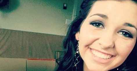Oregon survivor reveals that she only lived because a shot student hid her from the gunman