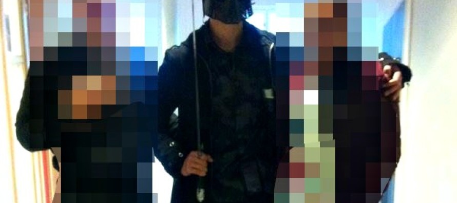 Killer Posed With Pupils Who Thought Blood-Soaked Sword was a Prank & Then Continued Murder Spree