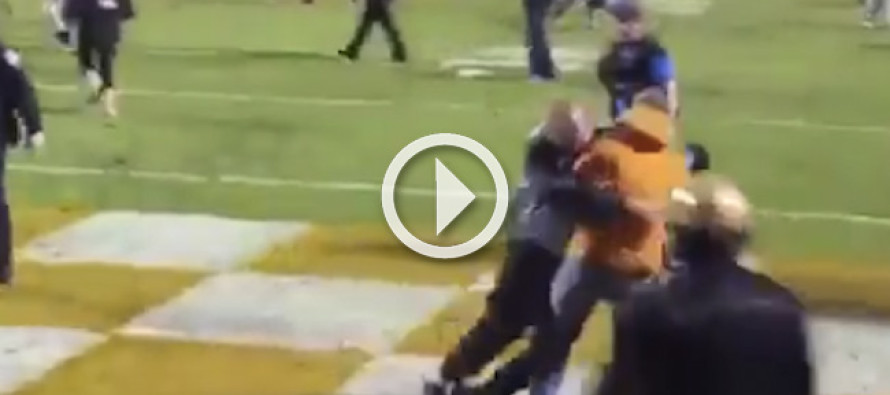 Watch Video: Security officer makes AWESOME tackle on Tennessee fan rushing the field