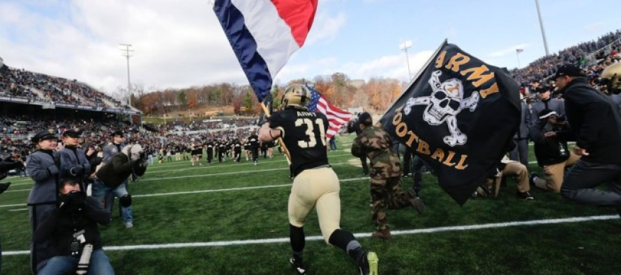 America STANDS with France! Army takes the field flying the US & French flags in show of support