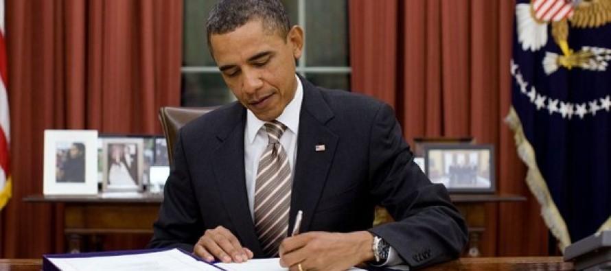 Obama Bans the Word 'Christmas'