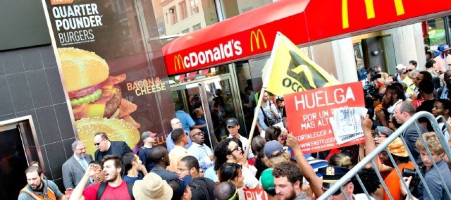Fast Food Workers and Unions Demand $15 an Hour in Hundreds of Cities Nationwide [Video]