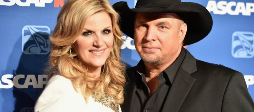 Country Fans Shocked After Garth Brooks Drops BOMBSHELL