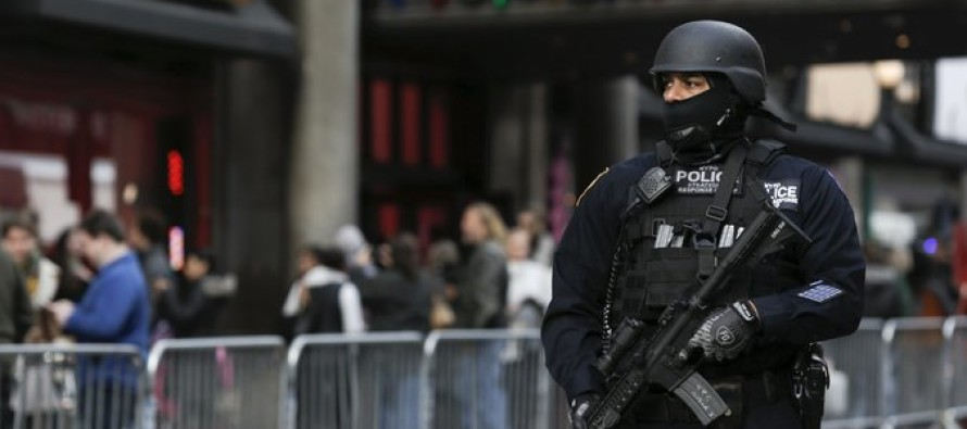ISIS Threat: Macy's Thanksgiving Day Parade Heavily Guarded by New York Police
