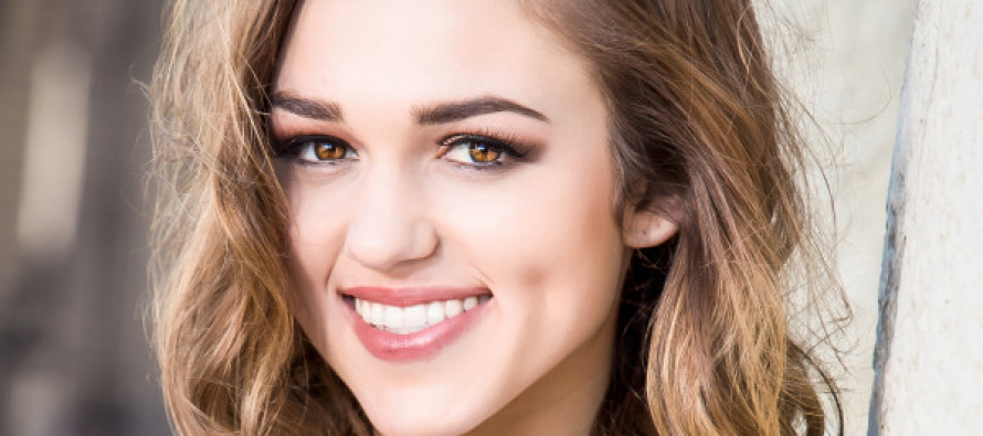 Sadie Robertson Issues Emergency Message, Asks for Prayers