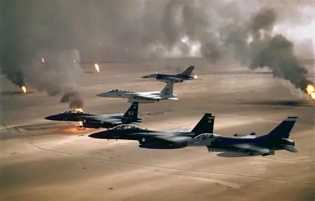 USAF_F-16A_F-15C_F-15E_Desert_Storm_edit2