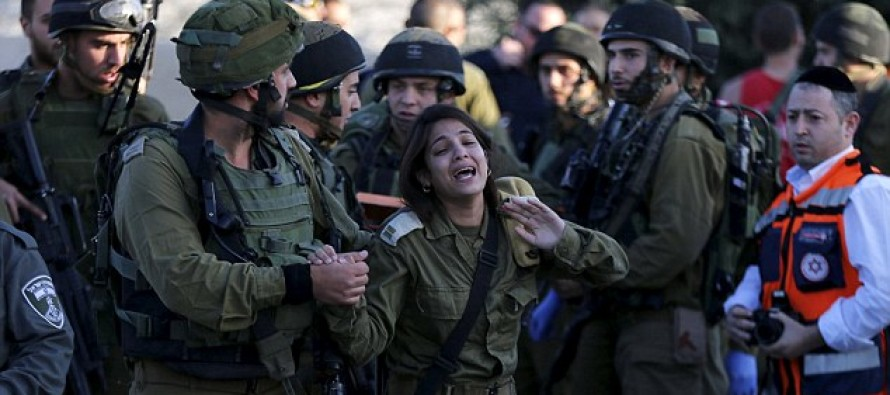The Moment an Israeli Soldier Breaks Down After Jewish Soldier is Stabbed to Death by a Palestinian