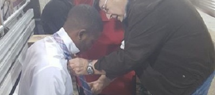 Faith in Humanity Restored With Precious Subway Photo That Has Gone Viral