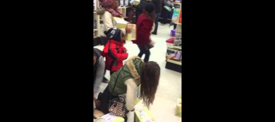 Black Friday 2015: Lady Steals From a Child Then Acts Like the Victim
