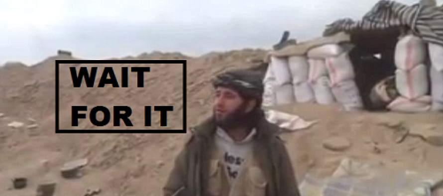 VIDEO: Islamist fighter & cameraman filming propaganda video wiped out by a mortar shell in Syria