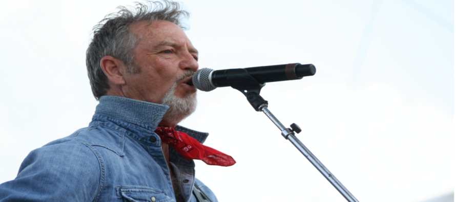 Country Singer Larry Gatlin has strong words for America following the Paris terrorist attacks