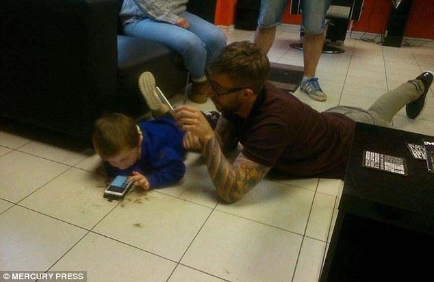 mason haircut on floor
