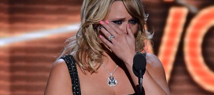 Country Fans Stunned After Miranda Lambert Drops BOMBSHELL