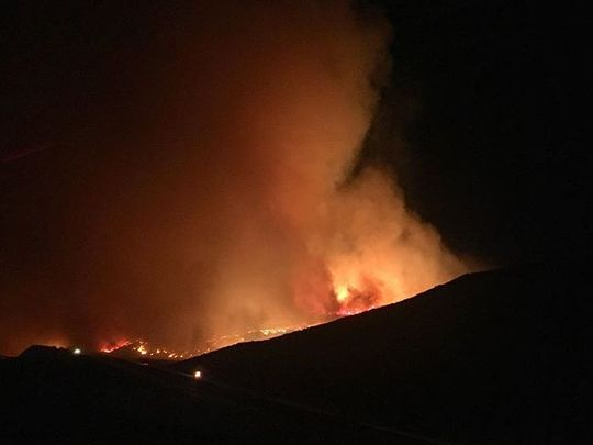 A fire is seen burning near the 101 freeway in Ventura county Calif.  (Photo: Marcel Hernandez, instagram.com/krillcounty)