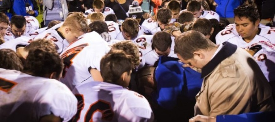 Football Coach Suspended for Praying Fights Back – This Is Huge
