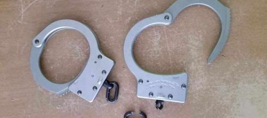 Couple Used Handcuffs to Spice Up Sex Life. What Happened Next? HORROR…