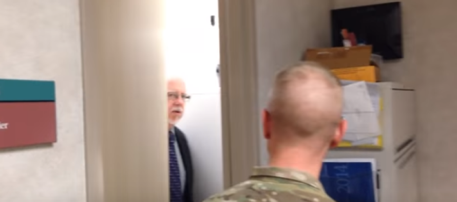 Veteran Returns Home from Combat Early, Surprises Father – You Have to See What Happens Next