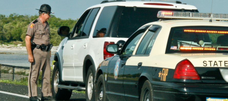 Cop Pulls Over 5 Grandmas on the Highway… Shocked When THIS Happened