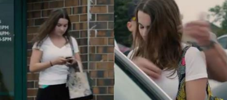 She Was Texting While Walking – Now Watch What the Guy Behind Her Does…
