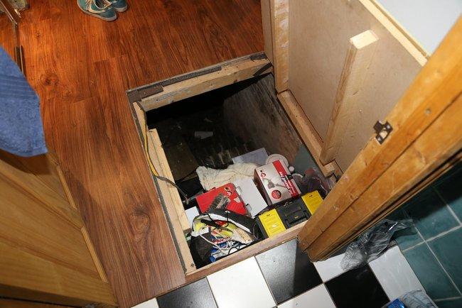 Trap Door4