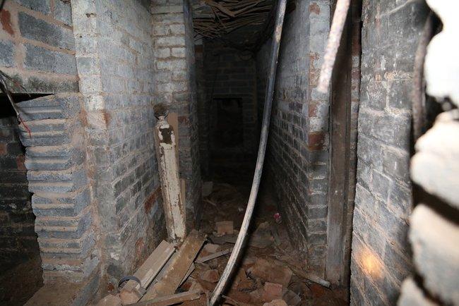 Trap Door6