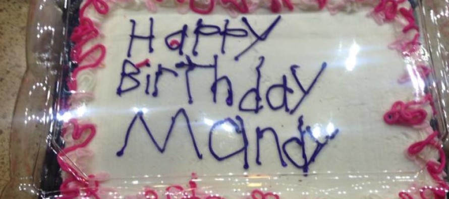 A Grocery Store's Badly Decorated Cake Goes Viral – See the Touching Reason Why