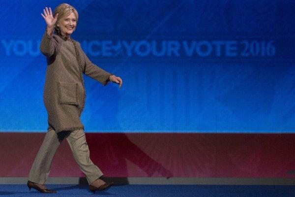 Hillary burlap