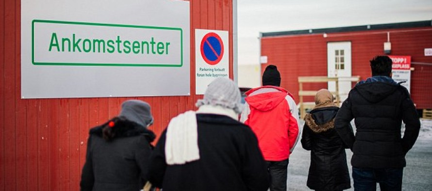 Hundreds of Refugees in Norway Had Cell Phones With Images of Executions, Severed Heads, and Dead Children