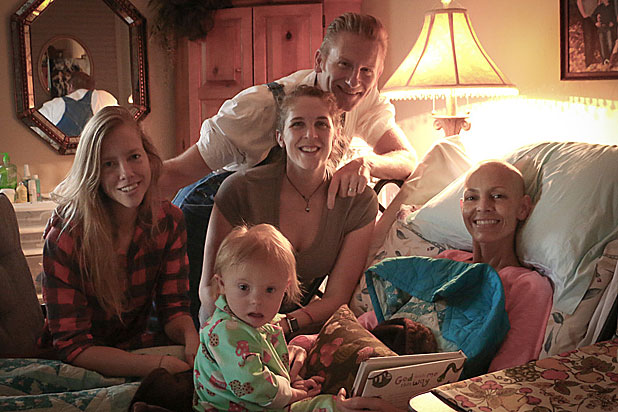 Joey-Feek-bed-family_0