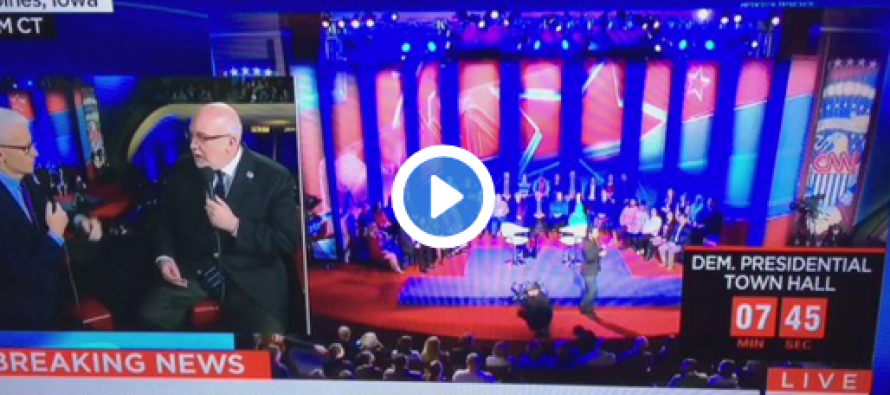 Look at What Was Caught on Camera Before the Democratic Debate