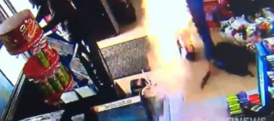 VIDEO: Shopkeeper has no weapon when robbers arrive, so he unleashes improvised flame thrower