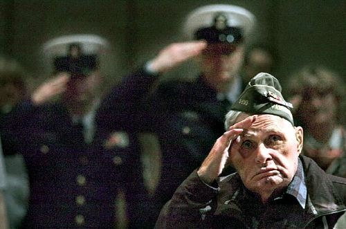 joe-satko-83-salutes-american-flag-juneau-ak
