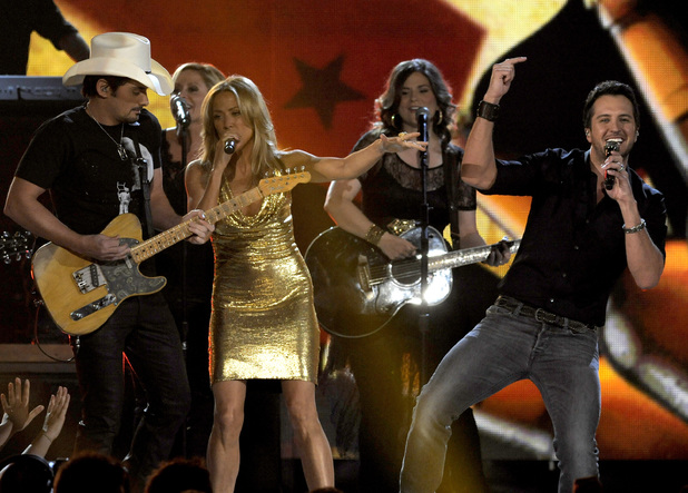 music-academy-country-music-awards-2013-ceremony-1