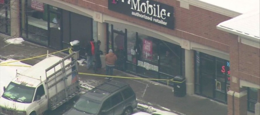 Robbers Enter Store, Pull Out Guns — Seconds Later, the Duo Learns They Made a Big Mistake