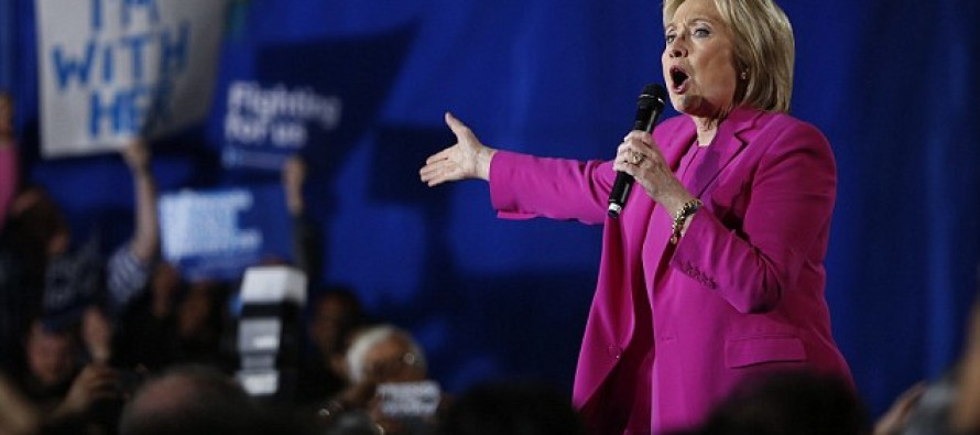 Hillary Panicked As Major Superstar Recants Her Endorsement For Clinton – In THIS Very Awkward Way…
