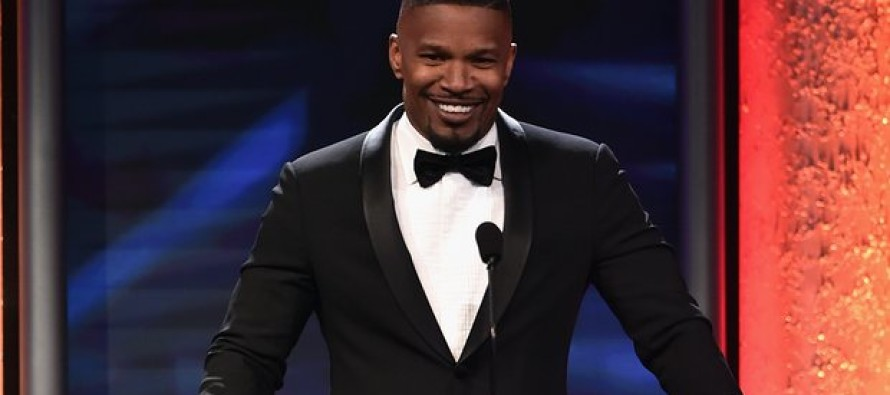 Jamie Foxx SLAMS Race Baiting Will Smith for Oscar Boycott