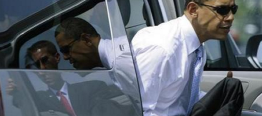 Obama Was Caught Doing THIS During Scalia's Funeral